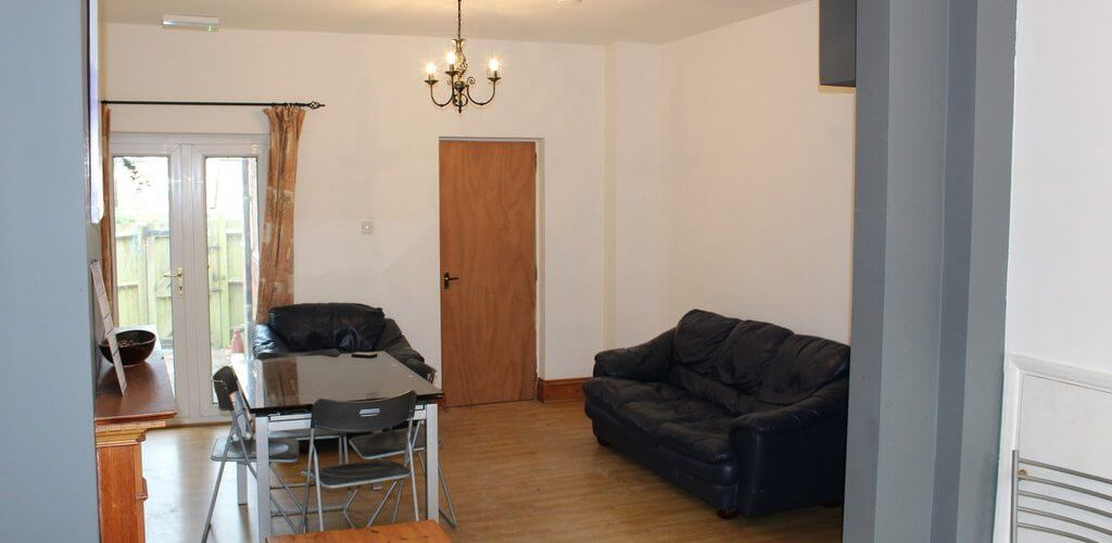 4 Bed Terraced House Jr Estates